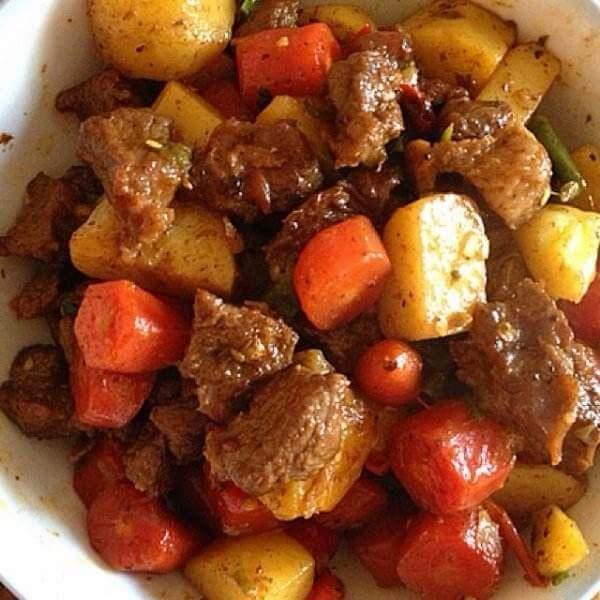 土豆花生烧牛肉