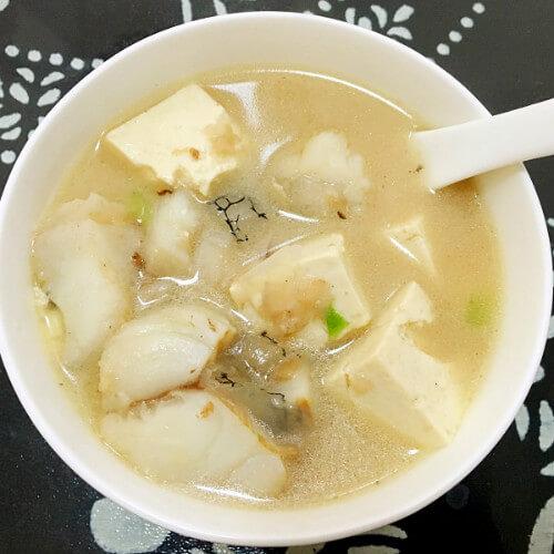 美味的鳕鱼炖豆腐