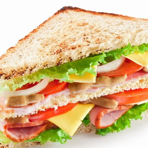 特色厚蛋三明治