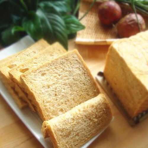黑芝麻米饭吐司