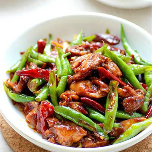 辣椒炒鸡腿肉
