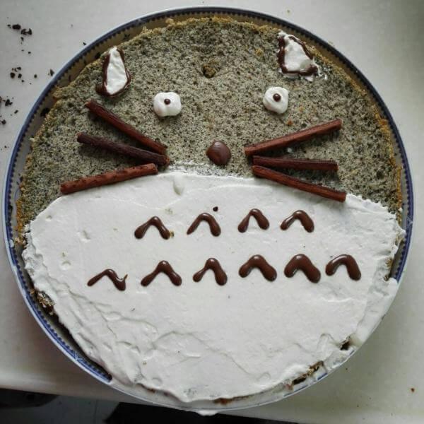 7寸加高龙猫戚风蛋糕
