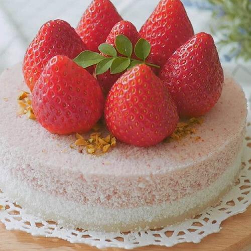 草莓黑米松糕