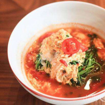 西红柿鸡蛋豆苗汤