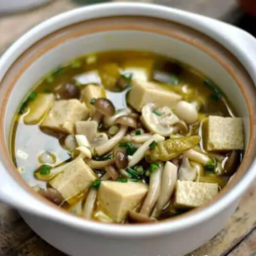 蚝油菌菇烧豆腐