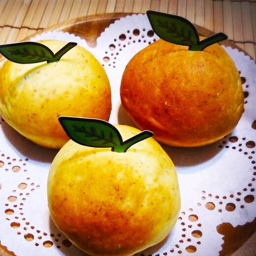 美味的秋天来了橘子面包