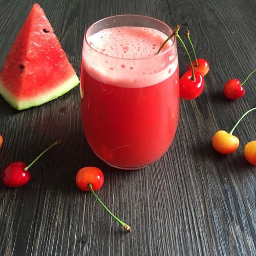 西瓜樱桃果汁