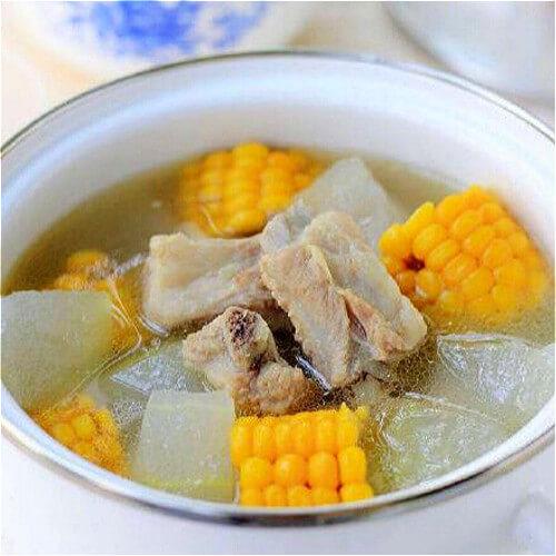 萝玉米骨头汤