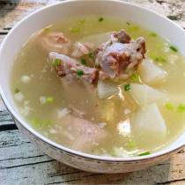 蒲公英排骨汤