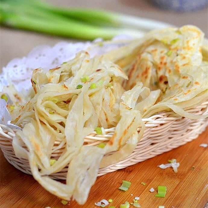 土豆丝焖葱花饼