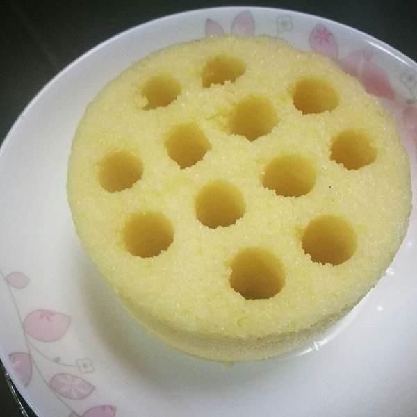 家常玉米黄豆蒸糕