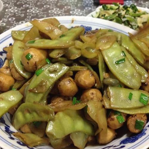 青扁豆煮芋仔