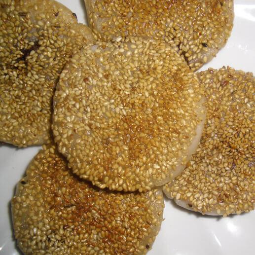 豆沙馅芝麻糯米饼