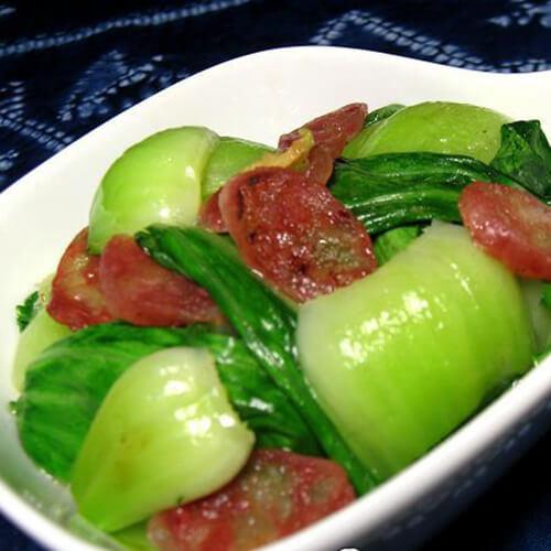 好吃的腊肠炒油菜苔