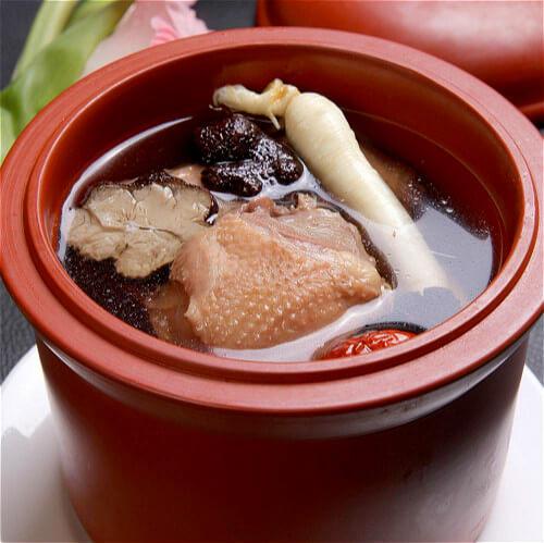营养炖鸽子汤