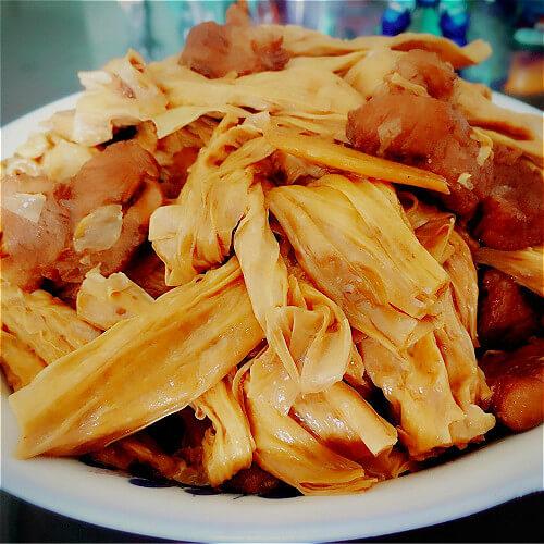 腐竹炒午餐肉