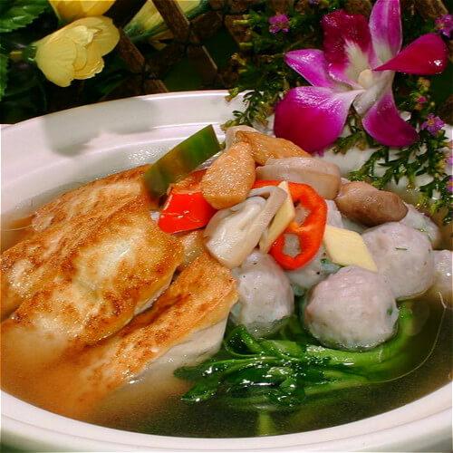 美味菜花豆腐鱼滑汤