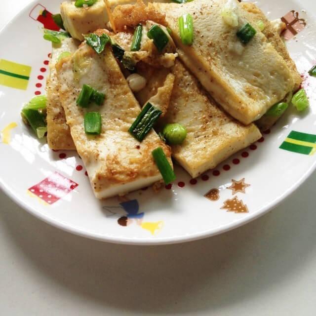 好吃的小鱼焖豆腐
