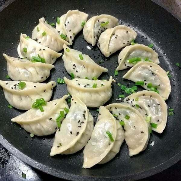 生煎锅巴饺子