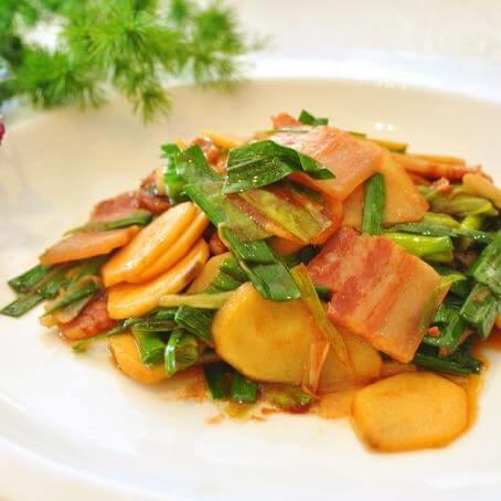 美味的慈菇炒大蒜