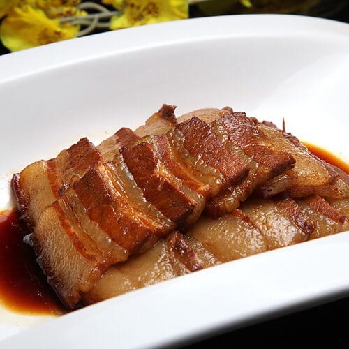 美味的卤猪颈肉