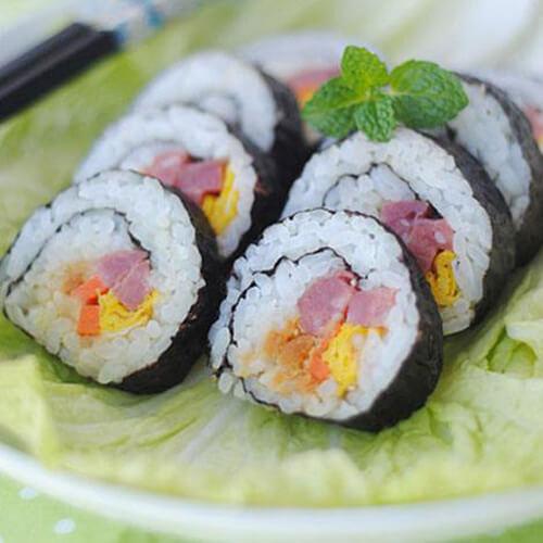 好吃的寿司卷