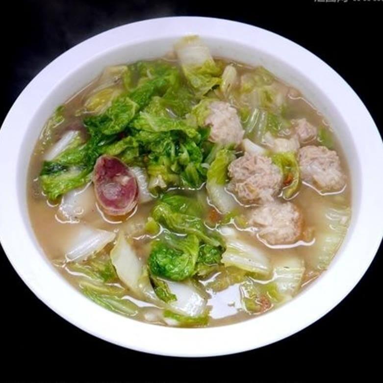 肉丸子蔬菜汤