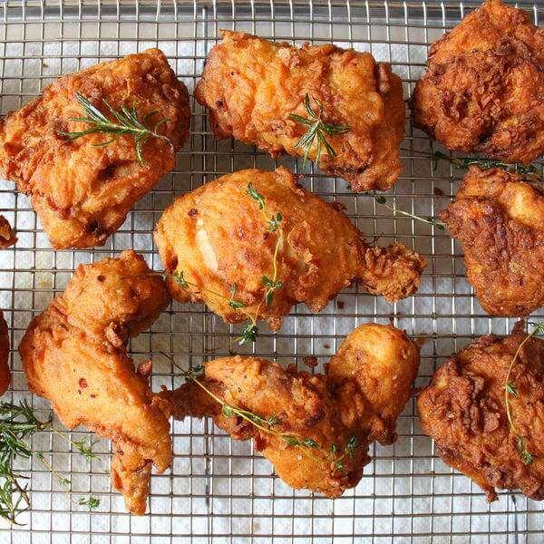 特色的韩式果酱炸鸡