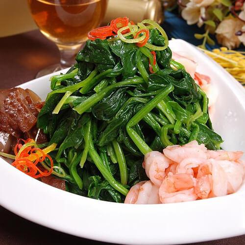 炒花生拌毛虾菠菜