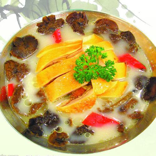 美味的板鸭火锅