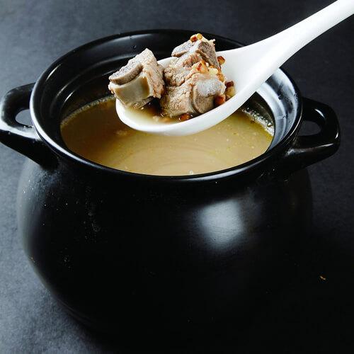 排骨煲苦瓜绿豆汤