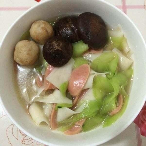 香菇脆皮肠汤