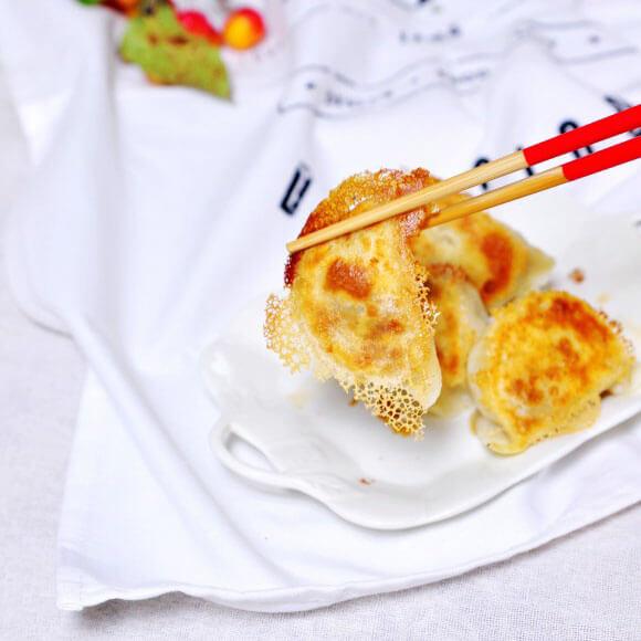 芹菜牛肉煎饺