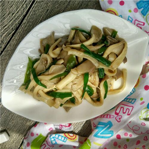 肉片青椒炒平菇