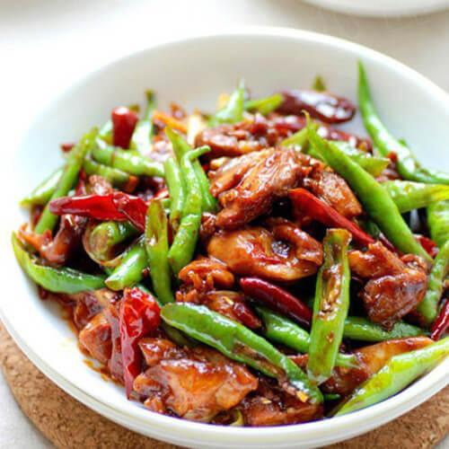 尖椒炒鸡腿肉
