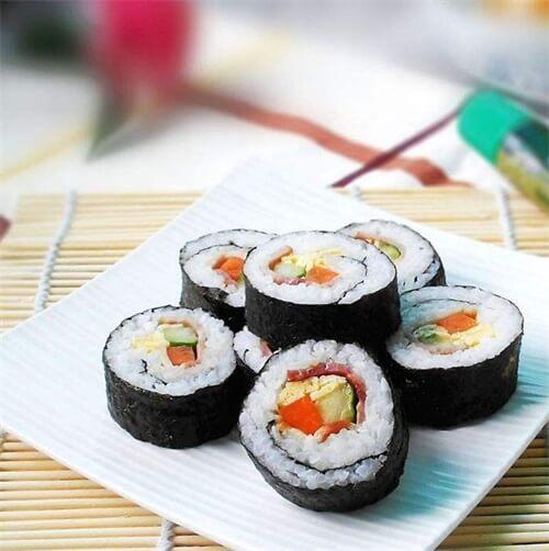 培根虾仁寿司