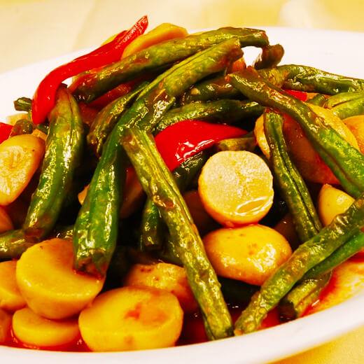 猪肉炖茄子豆角土豆