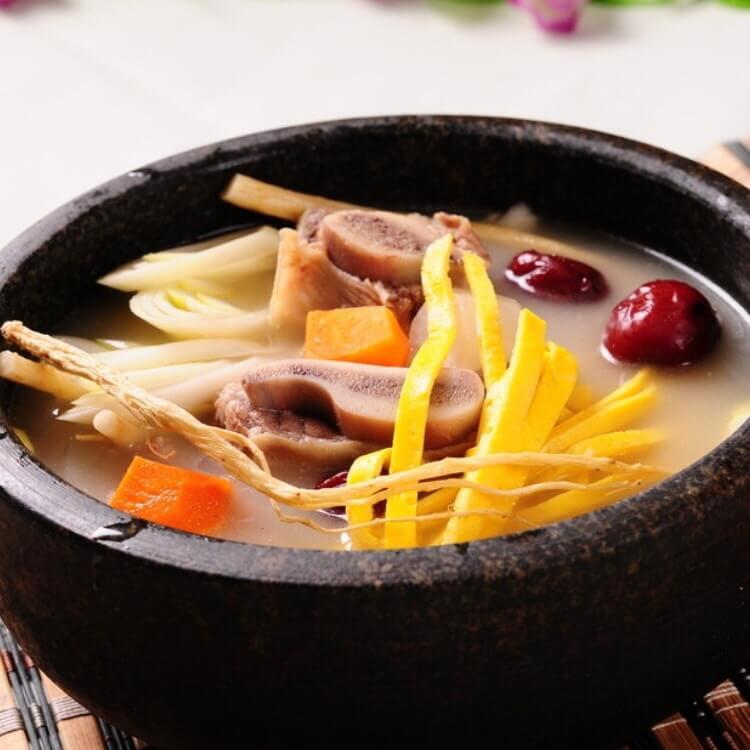 美味养生牛排汤