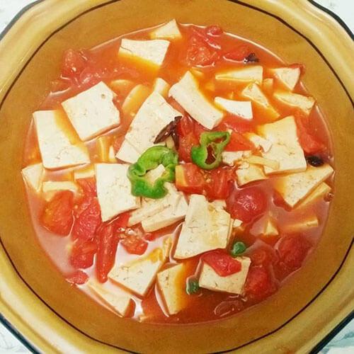 香气浓郁的番茄炖豆腐
