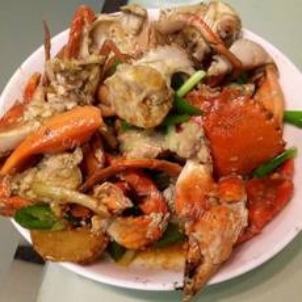 美味的土豆青椒炒膏蟹