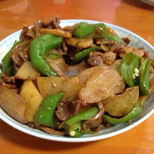 青椒煮土豆