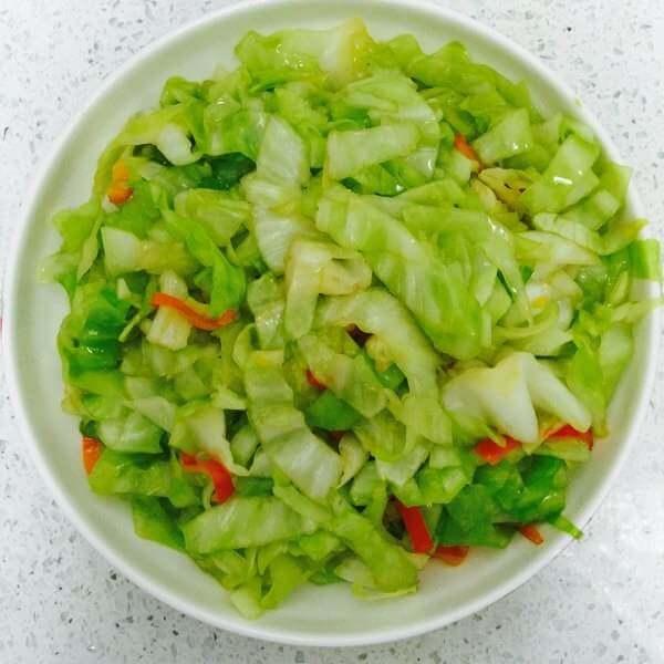 虾肉鲍鱼炒圆白菜