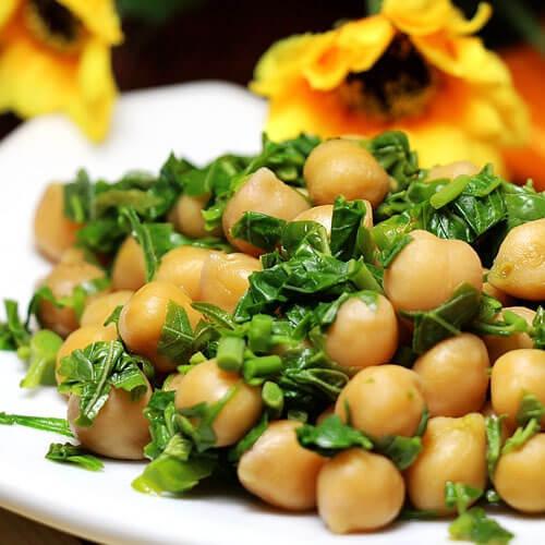 营养的豌豆香椿豆