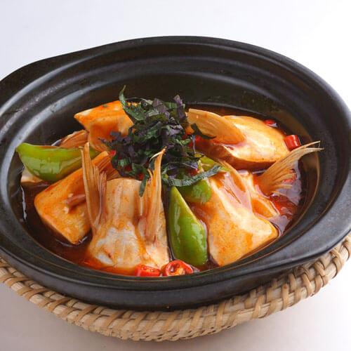 美味韩式辣酱焖鱼块
