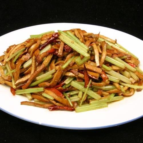 芹菜干子炒肉
