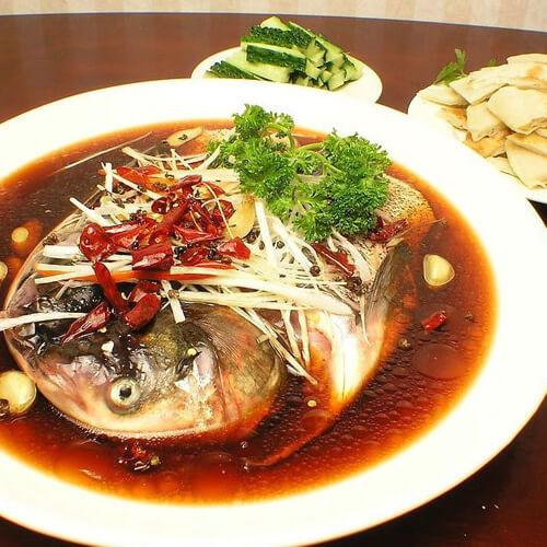 好吃的剁椒豆豉蒸鱼头