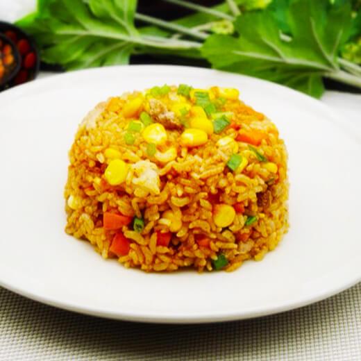 鲜虾胡萝卜玉米炒饭