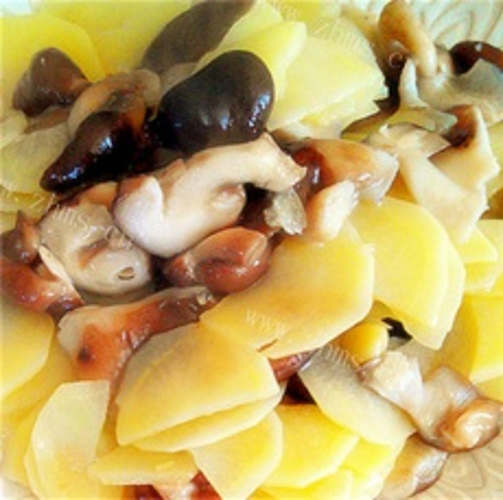 香菇豆泡炒土豆片