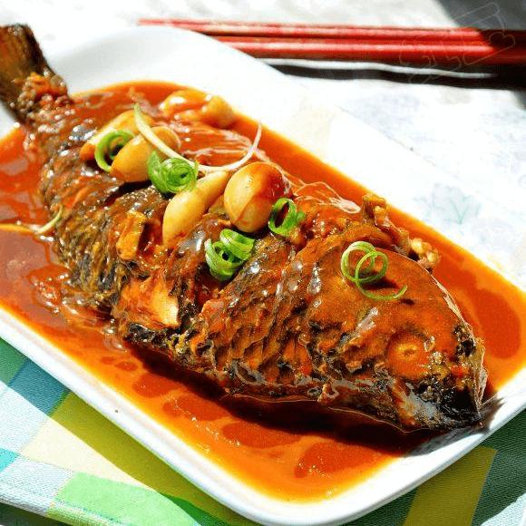 开胃的红烧鲫鱼