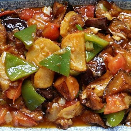 美味的肉末茄子炒土豆